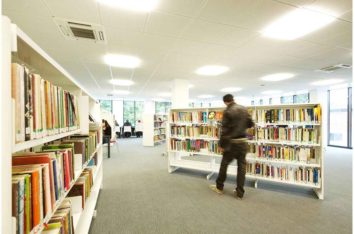Longsight Public Library, Manchester, United Kingdom - Public libraries