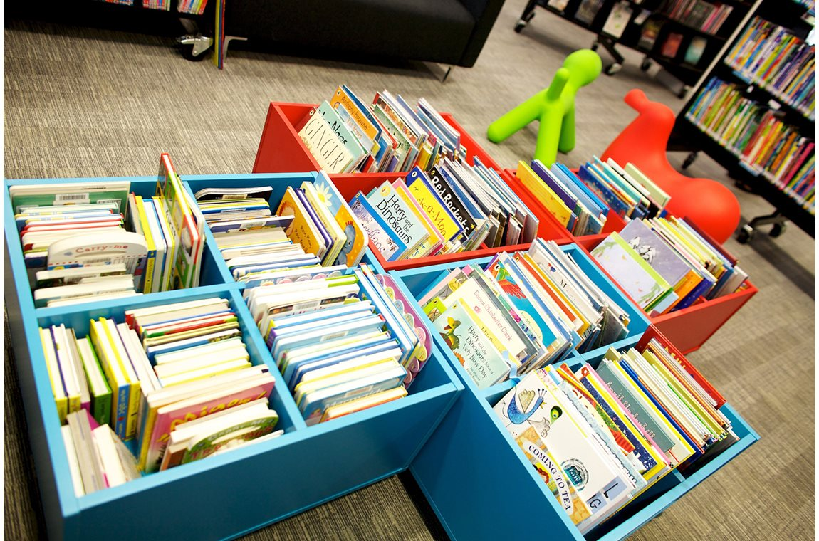 Bibliothèque municipale d'Hayridge, Royaume-Uni - Bibliothèque municipale