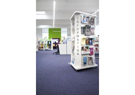 palmers_green_public_library_uk_016-1.jpg