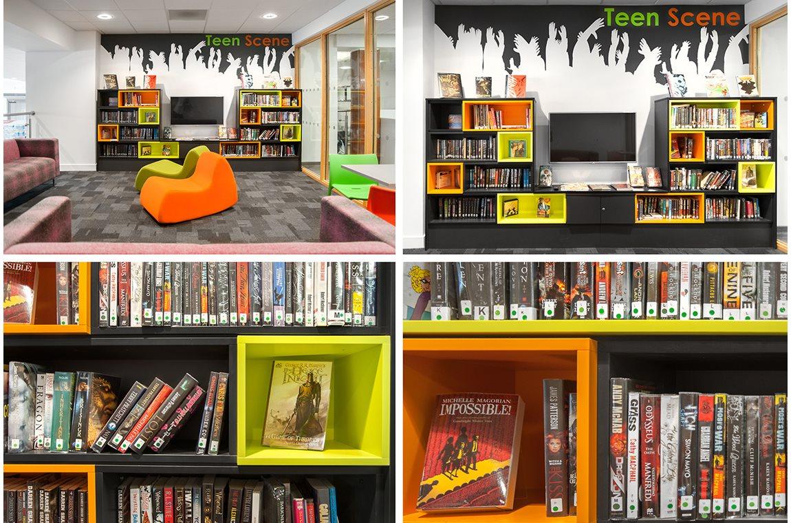 Bibliothèque municipale de Barrhead, Royaume-Uni - Bibliothèque municipale