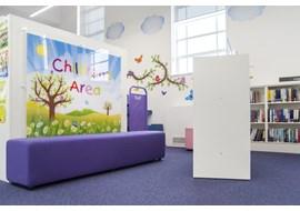 palmers_green_public_library_uk_023.jpg
