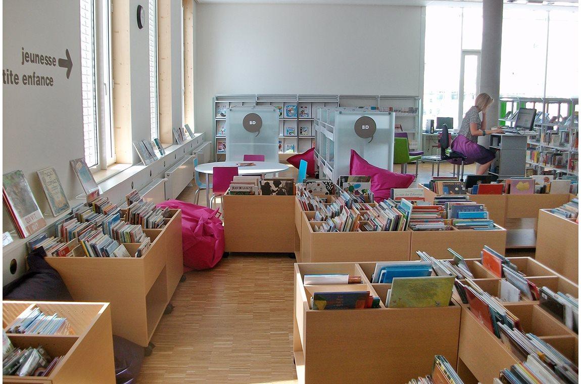Bibliothèque du 9ème, La Duchère, Lyon, France - Bibliothèque municipale