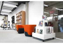 american_school_of_paris_saint_cloud_school_library_fr_008.jpg