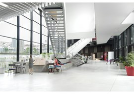 angouleme_lalpha_public_library_fr_001.jpg