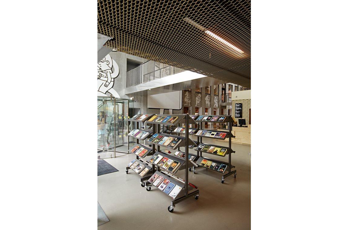 Das Kulturzentrum im Nord-West-Distrikt von Kopenhagen, Dänemark  - Öffentliche Bibliothek