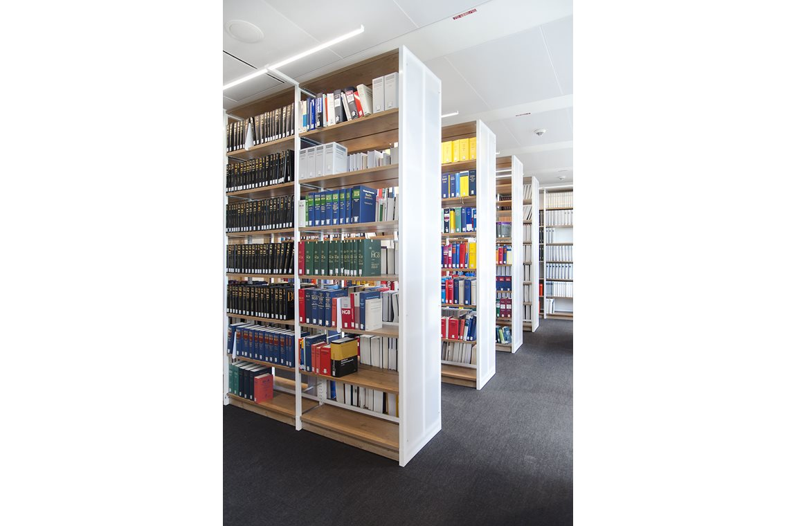 P+P Pöllath + Partners Lawyers and accountants, Frankfurt, Germany - Company libraries