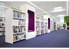 palmers_green_public_library_uk_005.jpg