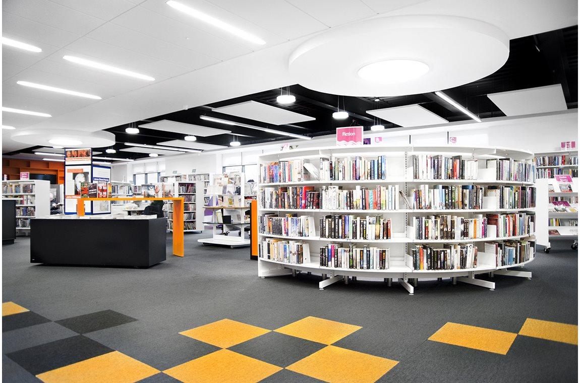 Bibliothèque municipale de Johnstone, Royaume-Uni - Bibliothèque municipale