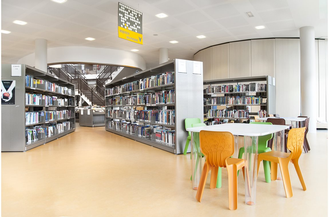 L'Isle d'Abeau Public Library, France - Public libraries