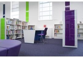 palmers_green_public_library_uk_008.jpg