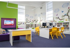 palmers_green_public_library_uk_025.jpg