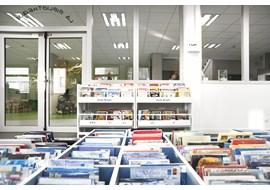 american_school_of_paris_saint_cloud_school_library_fr_016.jpg