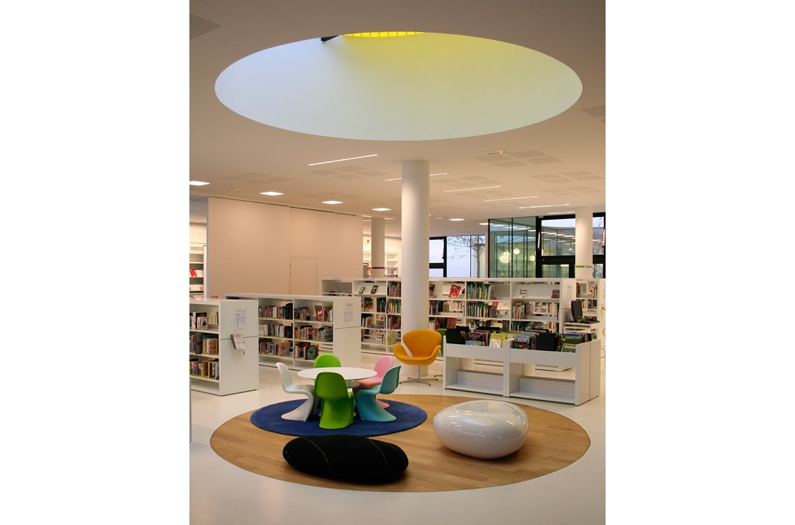 Médiathèque de Tarnos, France - Public libraries