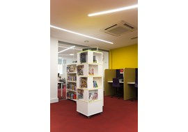 palmers_green_public_library_uk_038-1.jpg