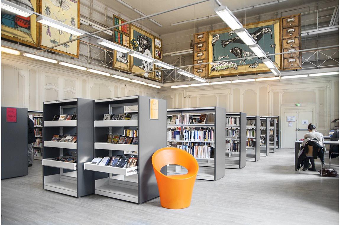 Bibliothèque du 5ème - St-Jean, Lyon, France - Bibliothèque municipale