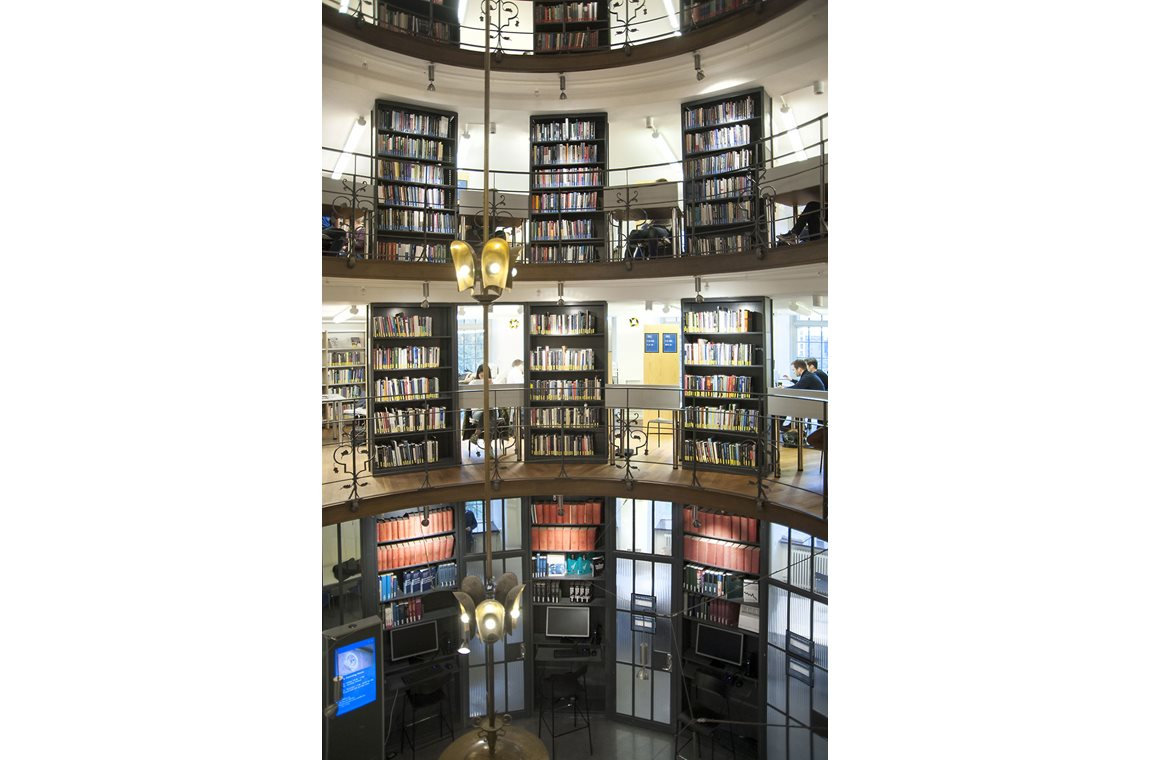 Stockholm School of Economics, Sweden - Academic libraries