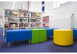 palmers_green_public_library_uk_012.jpg