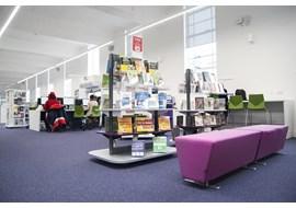 palmers_green_public_library_uk_017-2.jpg