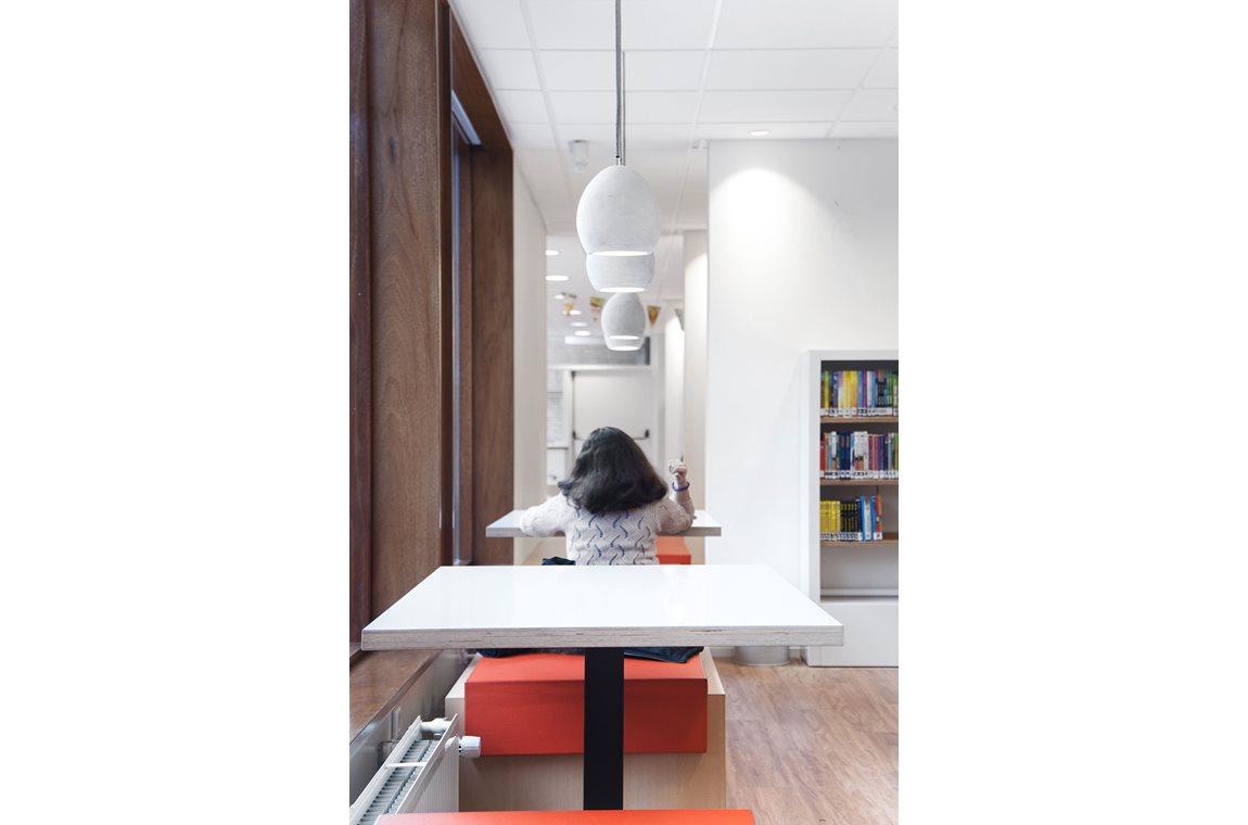 Schilderswijk Public Library, Netherlands - Public libraries