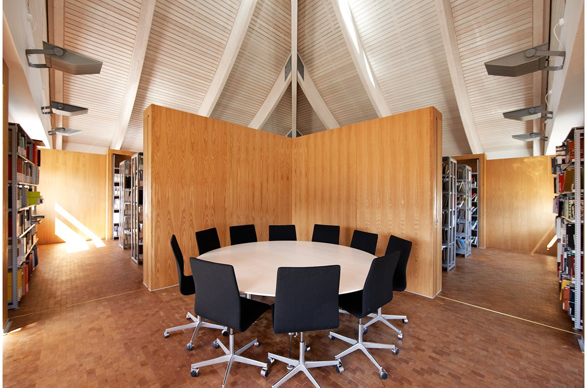 Utzon Center, Danmark - Akademisk bibliotek
