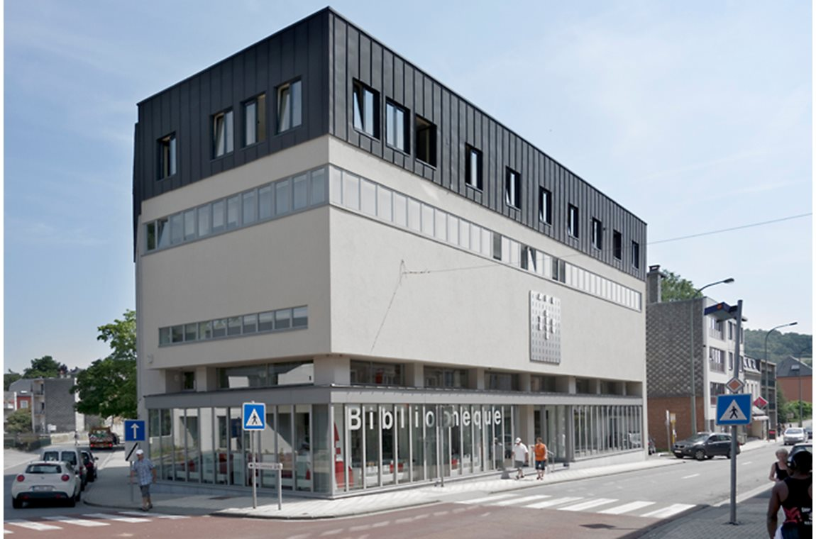 Aubange bibliotek, Belgien - Offentligt bibliotek