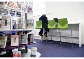 palmers_green_public_library_uk_017-1.jpg