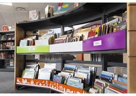 montlouis-sur-loire_public_library_fr_016.jpg