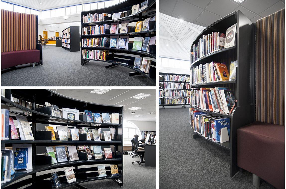 Haberdashers Askes pojkskola, Hertfordshire, Storbritannien - Skolbibliotek