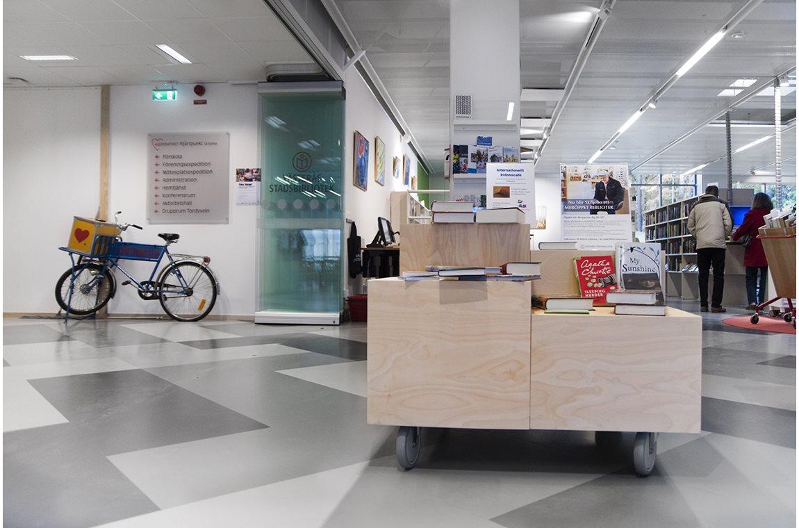 Skiljebo Public Library, Sweden - Public libraries