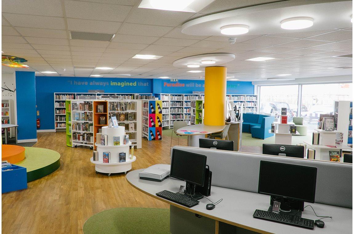 Zentralbibliothek Plymouth, UK - Öffentliche Bibliothek