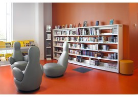 bron_public_library_fr_016.jpg