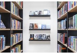 malmoe_munkhaetteskolans_school_library_se_002.jpg