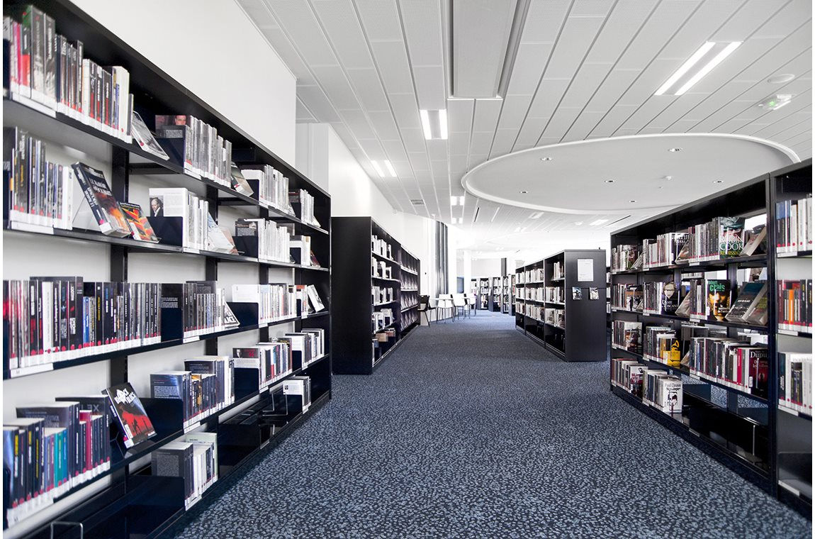 L'Awena Public Library, Guipavas, France - Public libraries