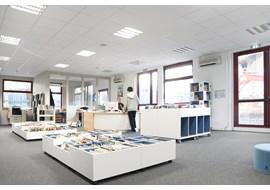 american_school_of_paris_saint_cloud_school_library_fr_014.jpg