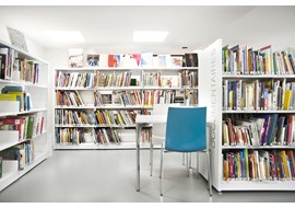 sevres_mediatheque_public_library_fr_004.jpg