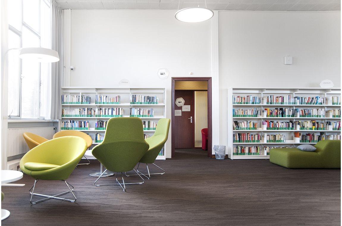 HEC Paris, France - Academic libraries