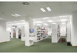 hildesheim_hawk_academic_library_de_005.jpg