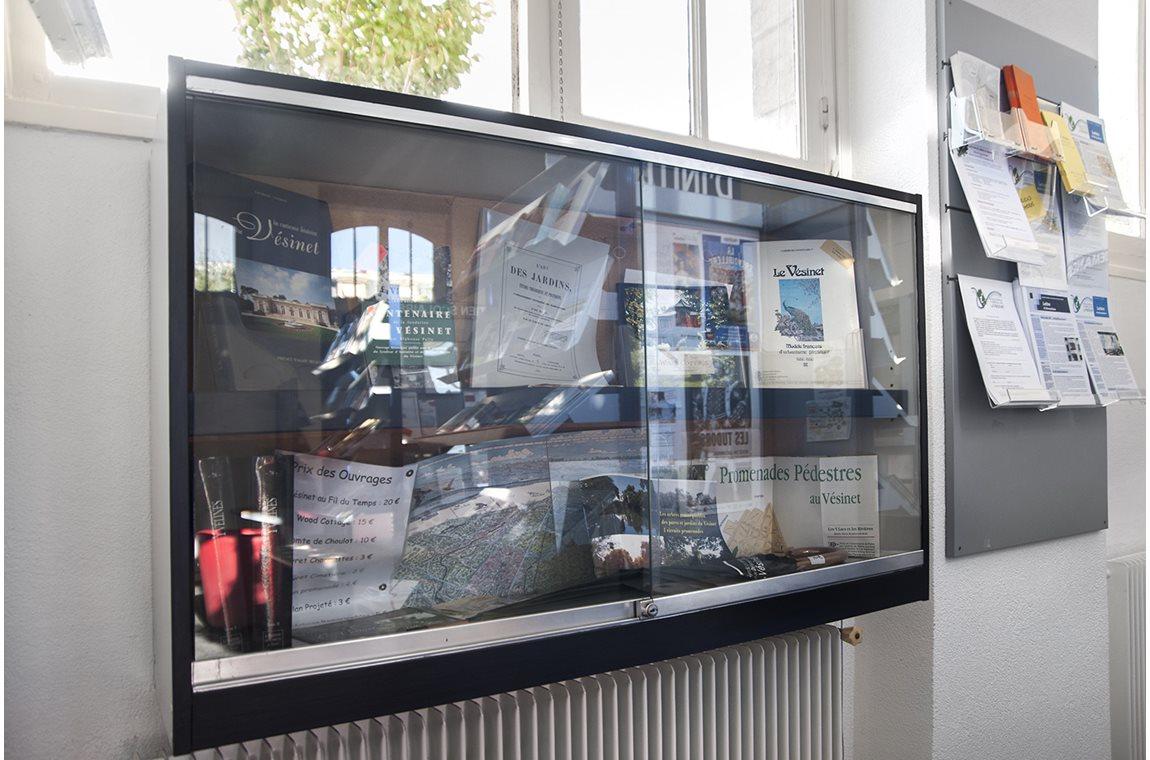 Community Information Center, Le Vésinet, France -