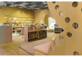 uppsala_gottsunda_public_library_se_009.jpg