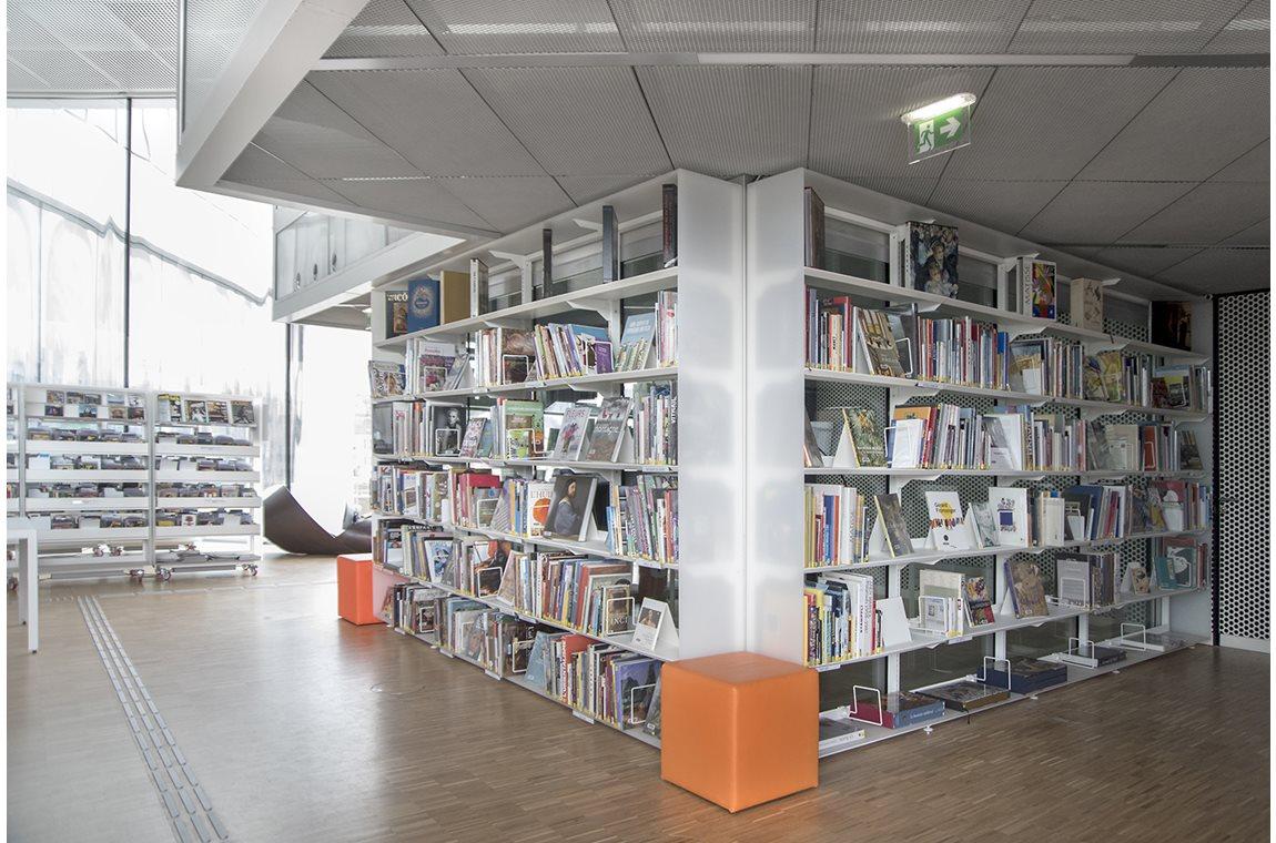 Bibliothèque municipale d'Alexis de Tocqueville de Caen-la-Mer, France - Bibliothèque municipale