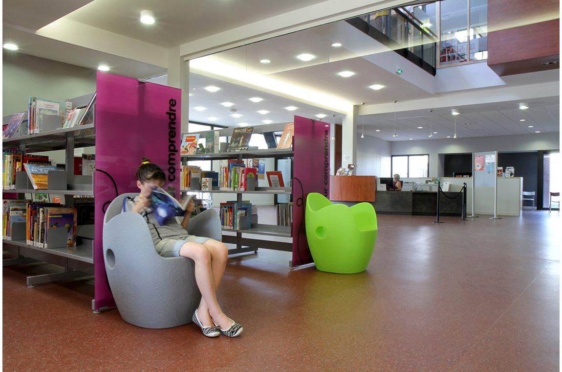 Öffentliche Bibliothek Chaligny, Frankreich - Öffentliche Bibliothek
