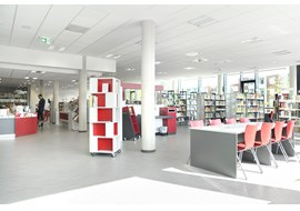 hannover_muehlenberg_public_library_de_001.jpg