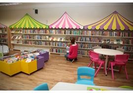 stamford_public_library_uk_003.JPG