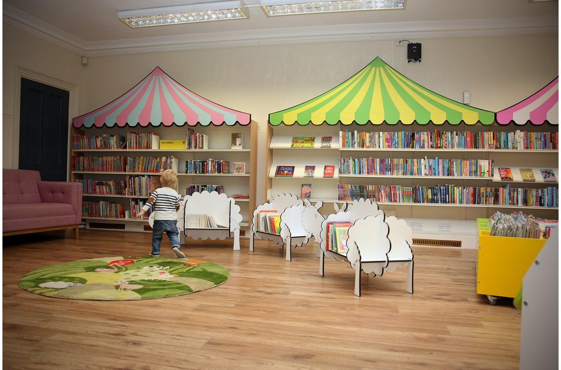 Bibliothèque municipale de Stamford, Royame-Uni - Bibliothèque municipale