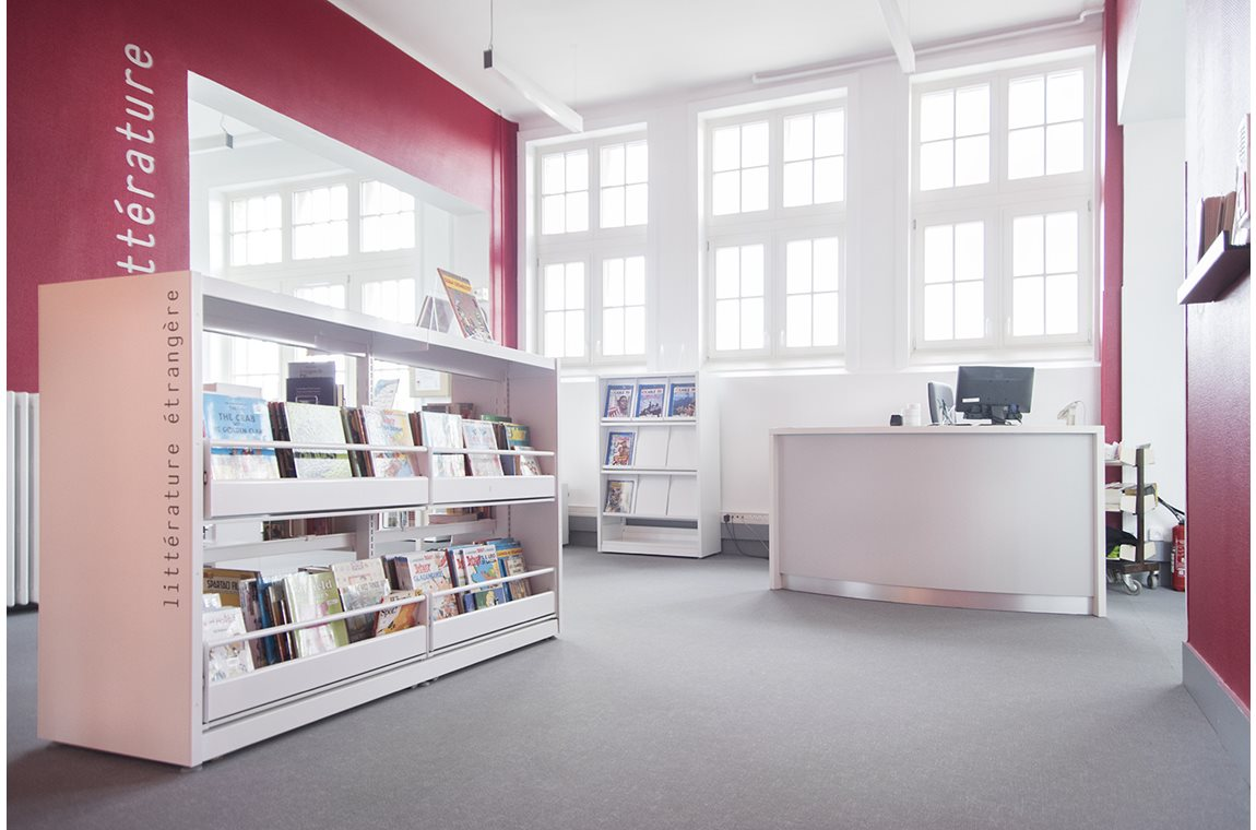 Bailleul Public Library, France - Public libraries