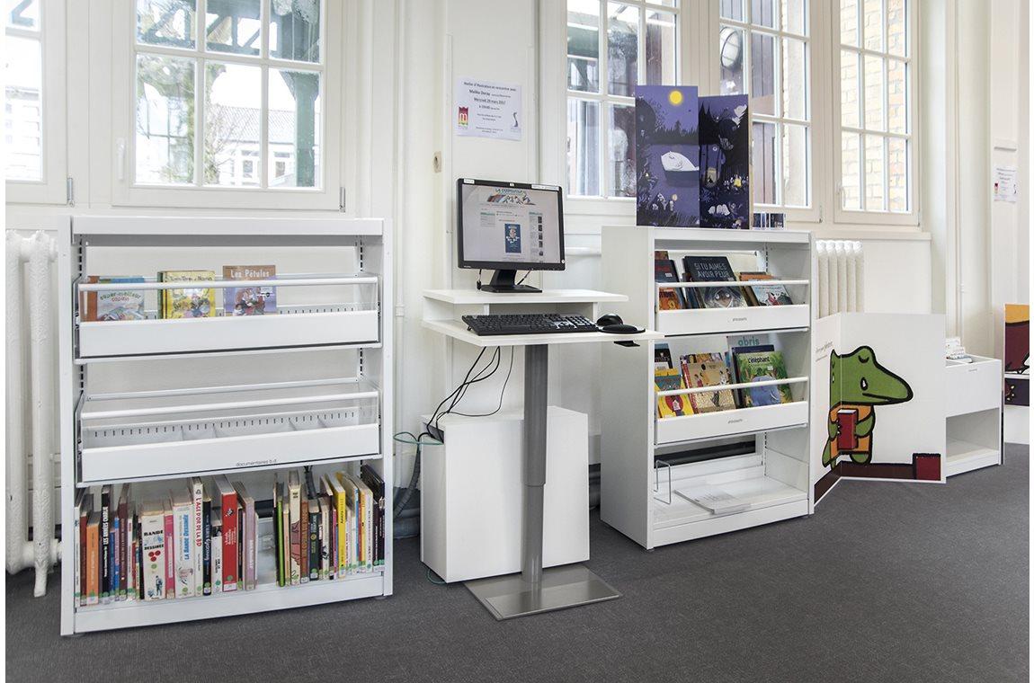 Öffentliche Bibliothek Bailleul, Frankreich - Öffentliche Bibliothek