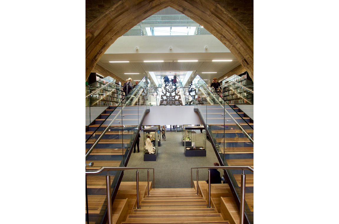 Halifax Central Library, United Kingdom - Public libraries