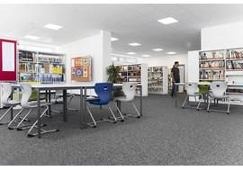 gymnasium_fraenkische_schweiz_ebermannstadt_school_library_de_006.jpg