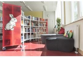 nuernbeg_staedisches_sigena_gymnasium_school_library_de_002.jpg