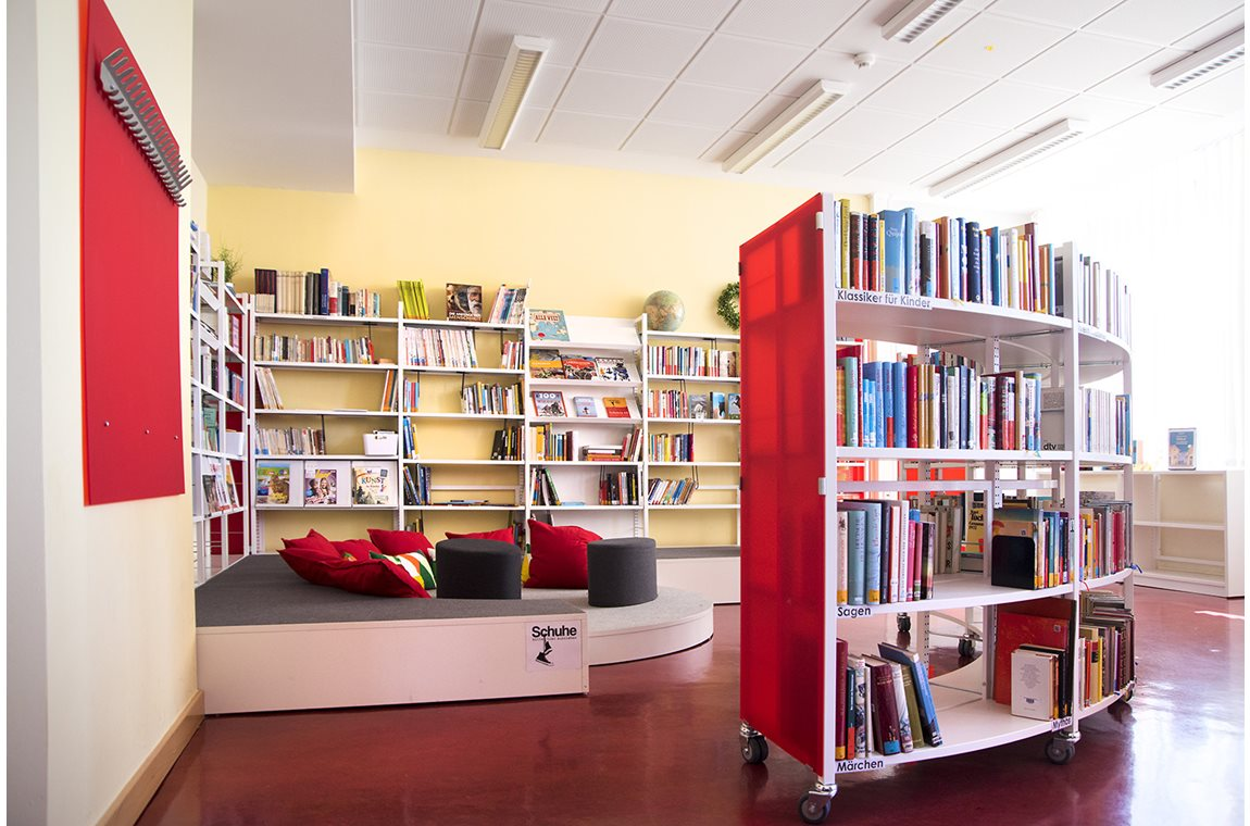 Sigena Gymnasium, Nürnberg, Germany - School libraries